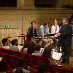 Sala cantanti con gli allievi pianisti e direttori.