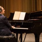 Riccardo Muti presenta l'opera al pubblico.